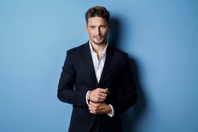 8 Men's Shirts To Wear With Black Suits